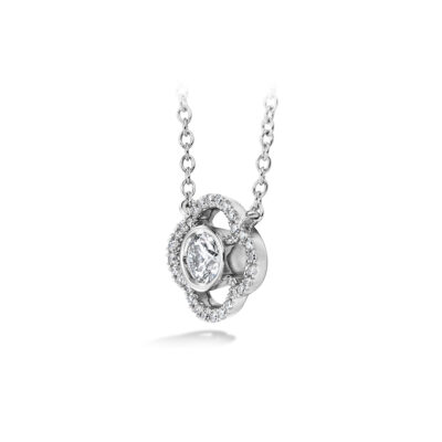 Hearts on Fire Signature Petal Bezel Pendant